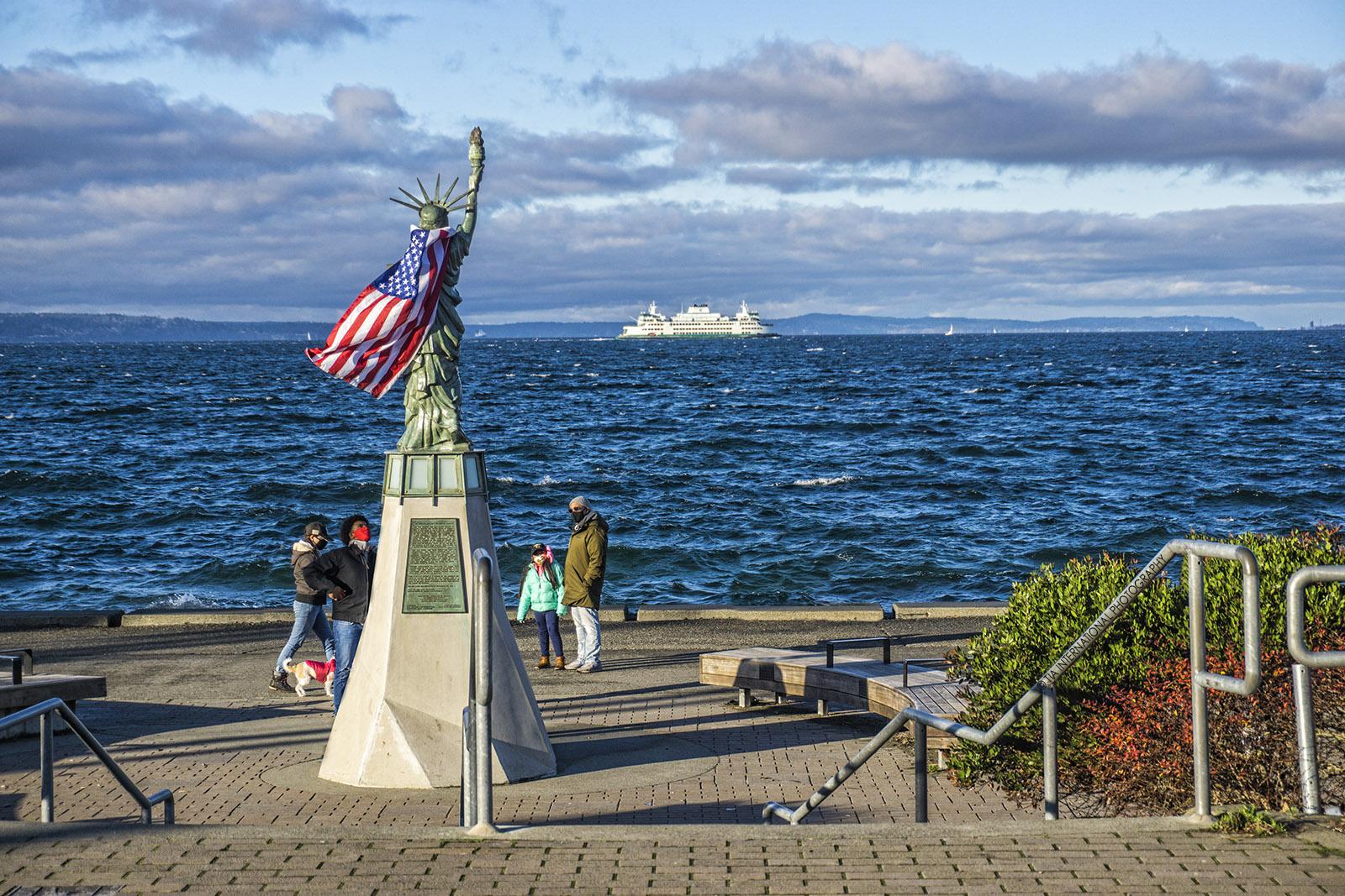 Statue of Liberty Plaza, Alki Beach, Seattle. (December 28, 2020).
